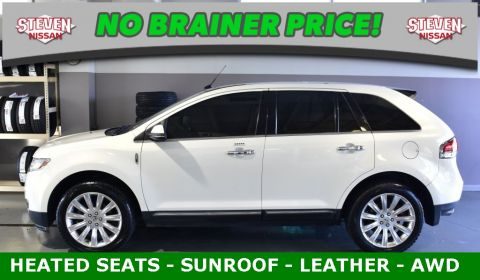 Pre-Owned 2013 Lincoln MKX AWD