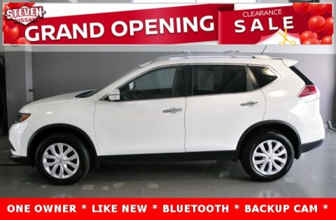 Pre-Owned 2016 Nissan Rogue S AWD