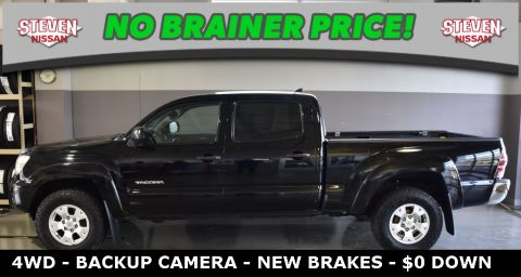 Pre-Owned 2012 Toyota Tacoma SR5